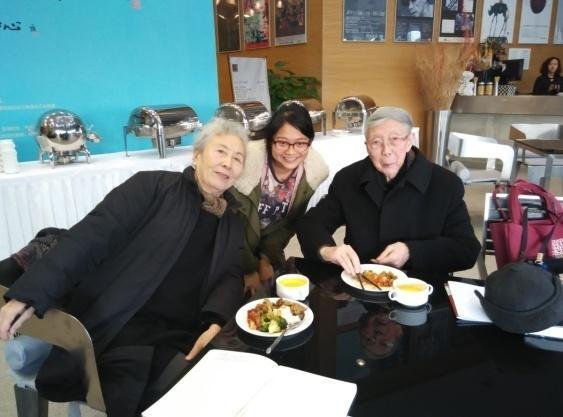 右は李天祥先生、左は奥様の趙友萍先生