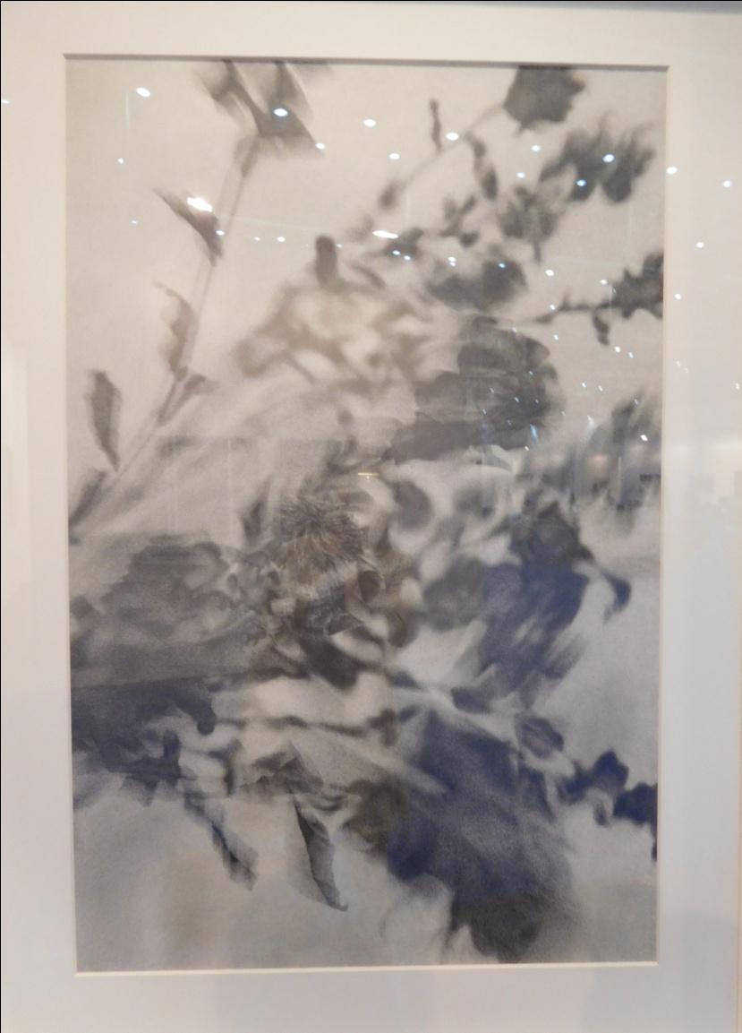 今回ソロブースでの展示をした アーティスト郭天仪の作品《它和她的身体No.10》