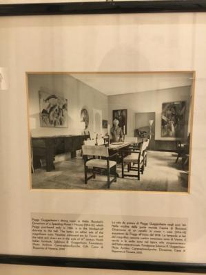 当時のペギーグッゲンハイムが彼女の別荘での写真も飾られています。なぜか孤独な印象をうけました。